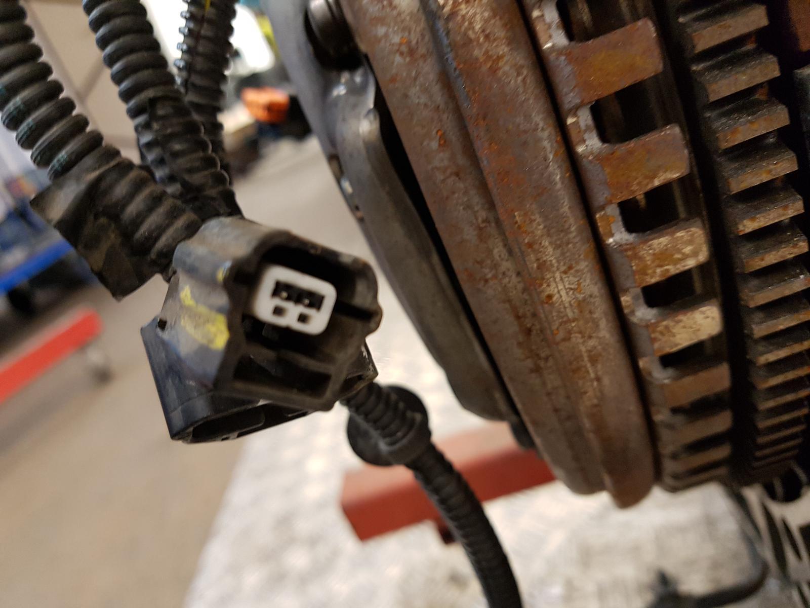 View Auto part Engine Renault Captur 2015