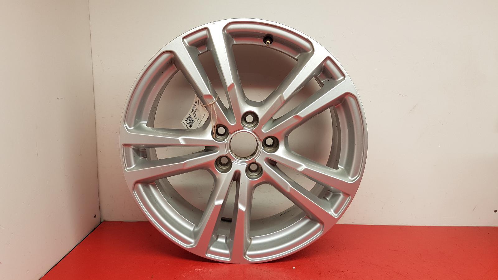 View Auto part Wheel Audi Q3 2015