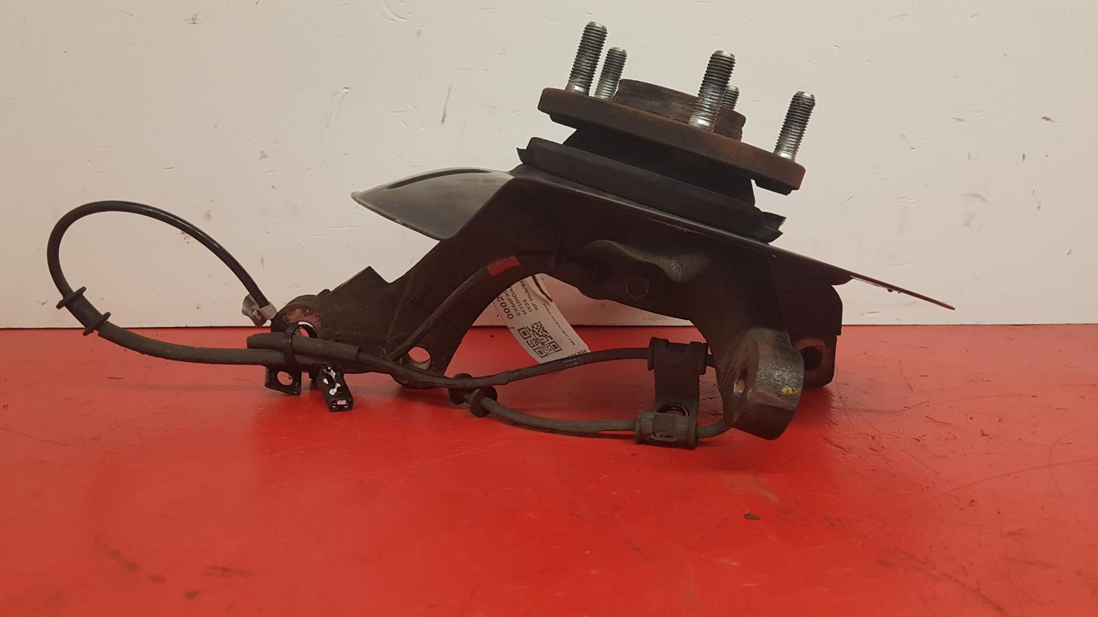 View Auto part RF Hub/Stub Axle Assembly Hyundai Ix35 2014