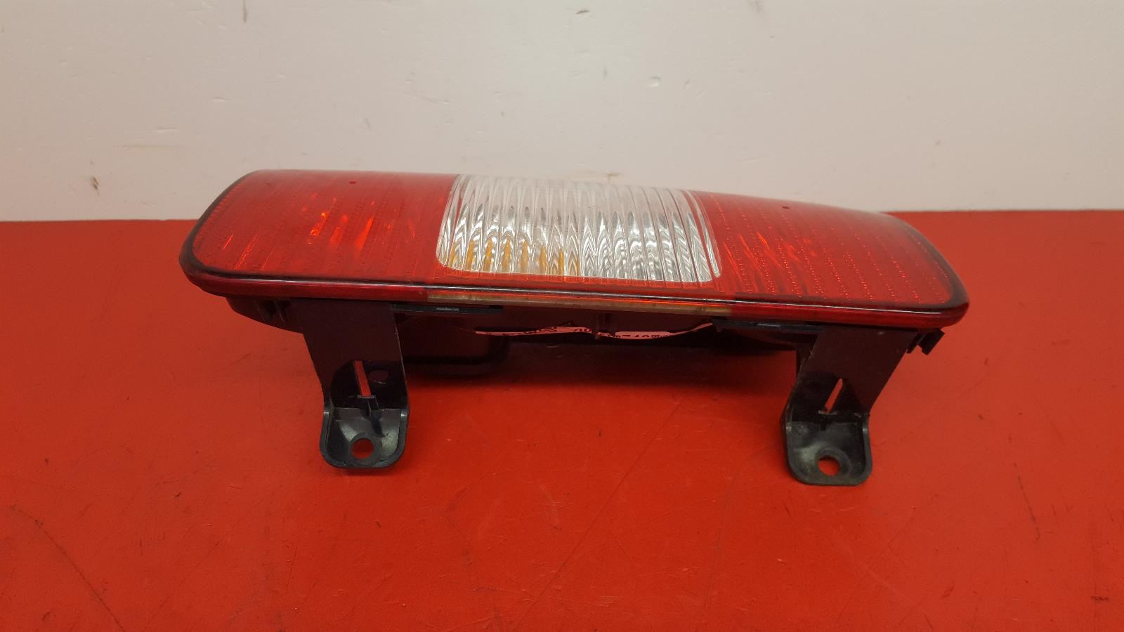 View Auto part L Taillight Volkswagen Caddy 2010