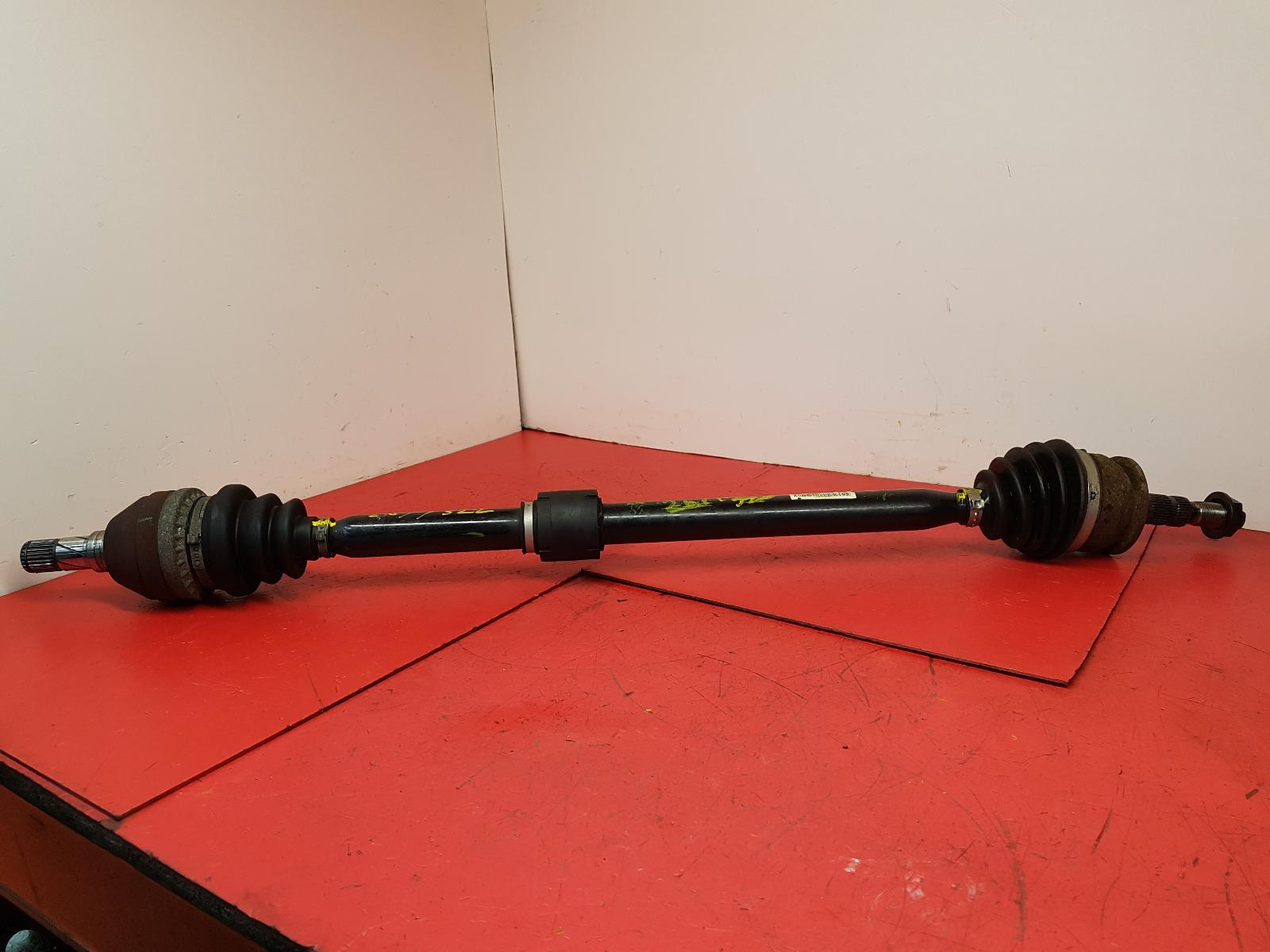 View Auto part Right Driveshaft Vauxhall Astra 2013