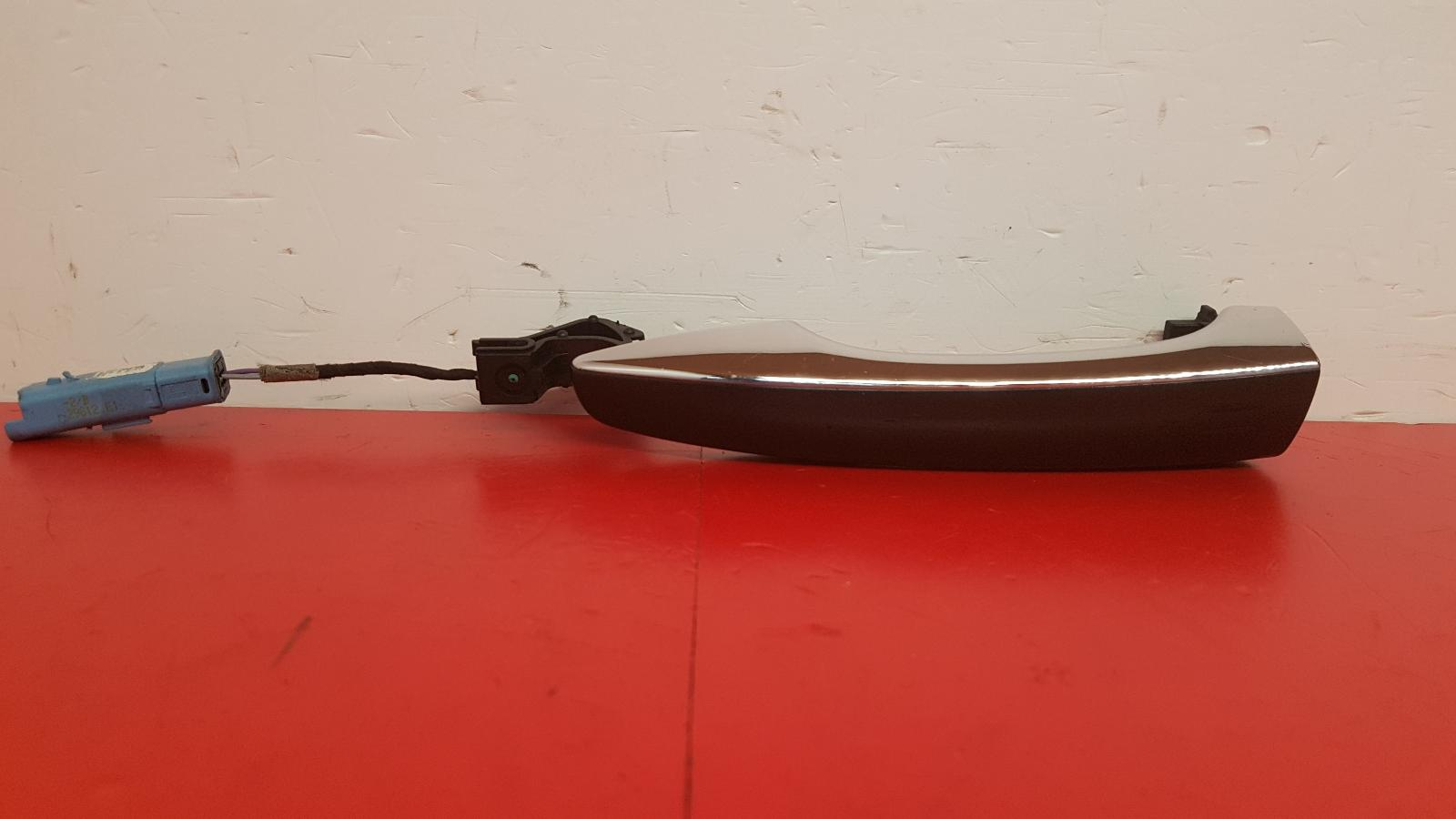 View Auto part Door Handle Citroen Ds5 2013