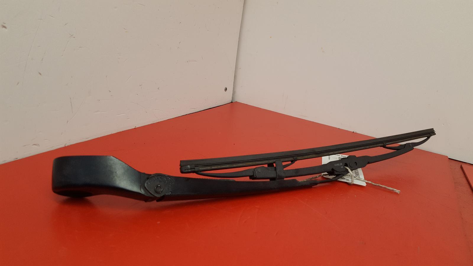 View Auto part Wiper Arm Bmw X5 2002