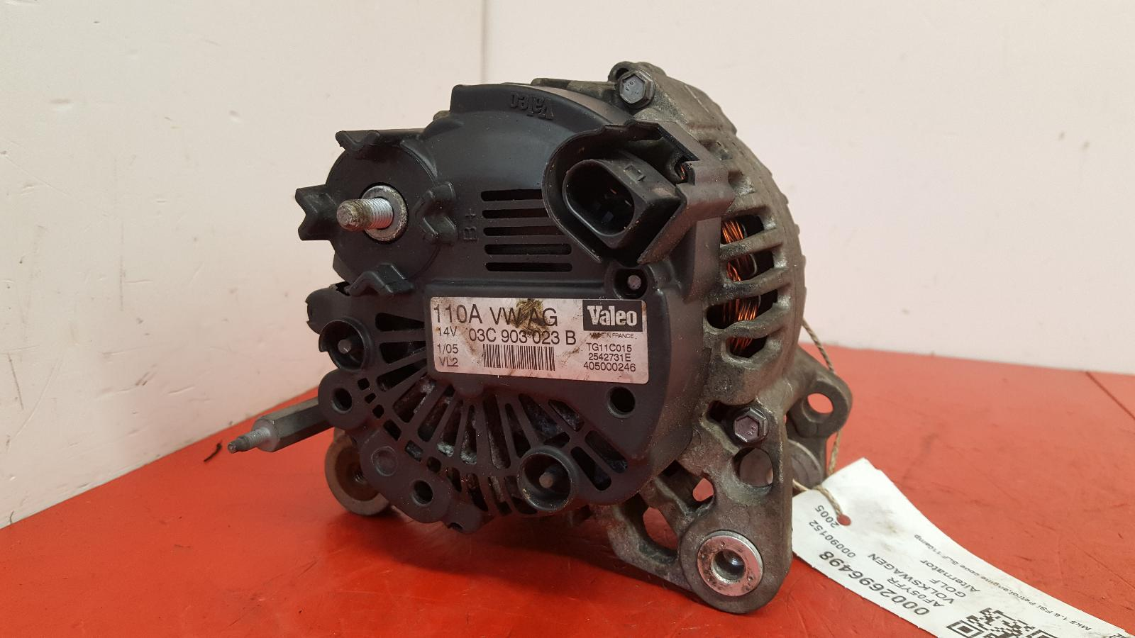 View Auto part Alternator Volkswagen Golf 2005