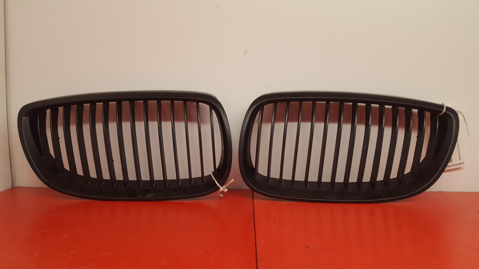 View Auto part Grille Bmw 3 Series 2011