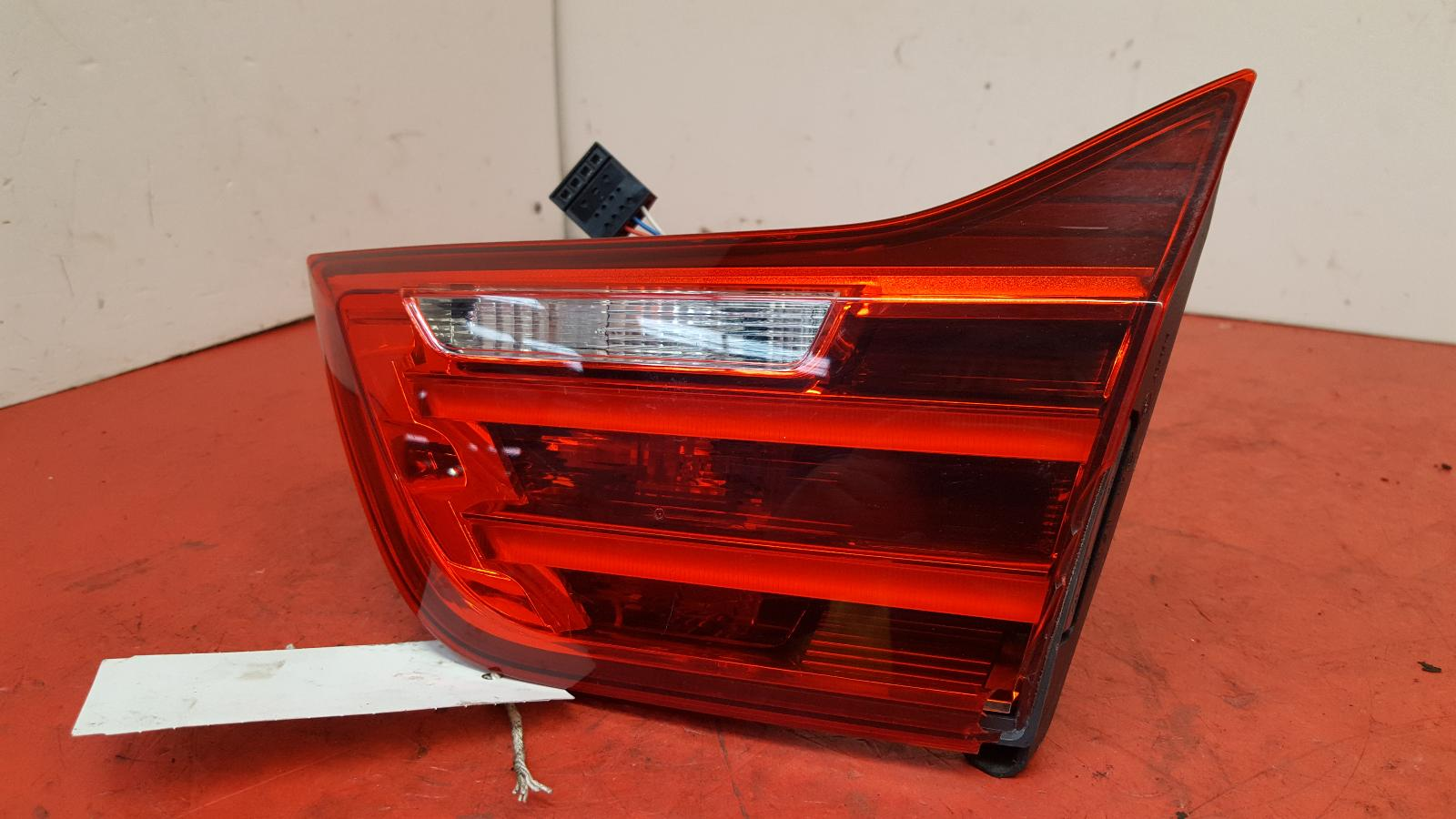 View Auto part R Taillight Bmw 4 Series 2016
