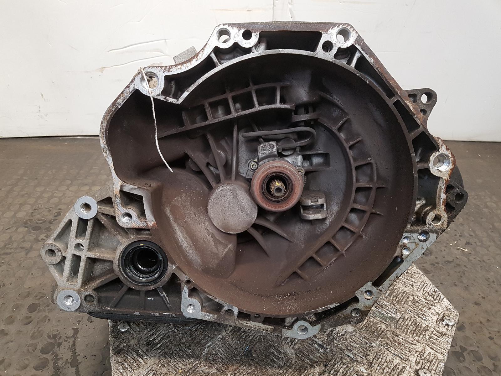 View Auto part Gearbox Vauxhall Meriva 2010