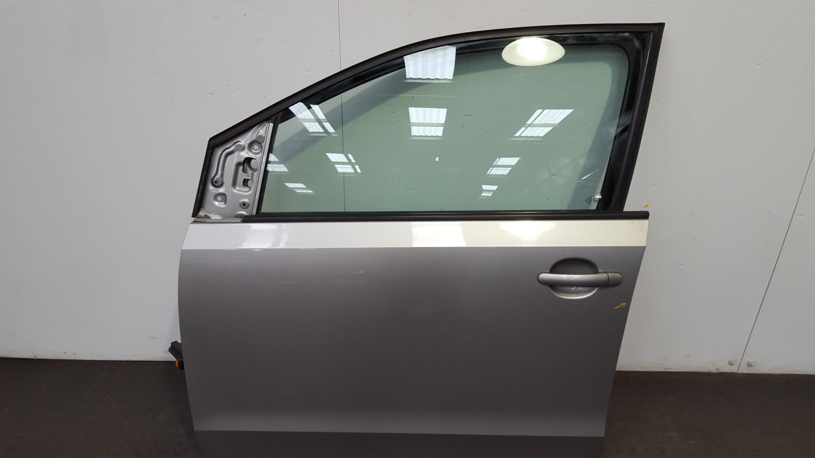 View Auto part L Front Door Volkswagen Up 2014
