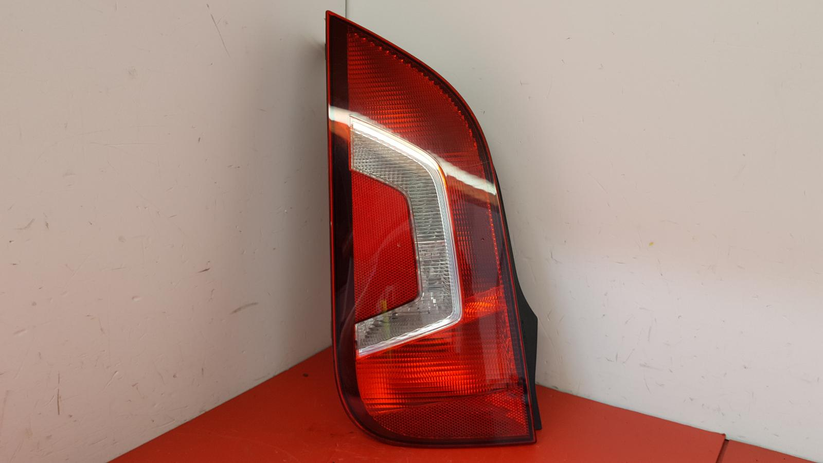 View Auto part L Taillight Volkswagen Up 2014