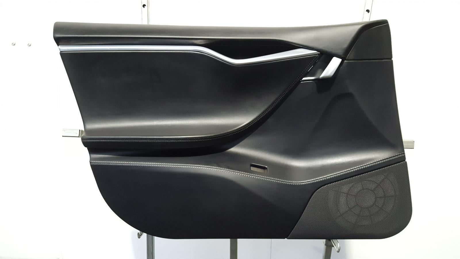 View Auto part Door Panel Tesla Model S 2017