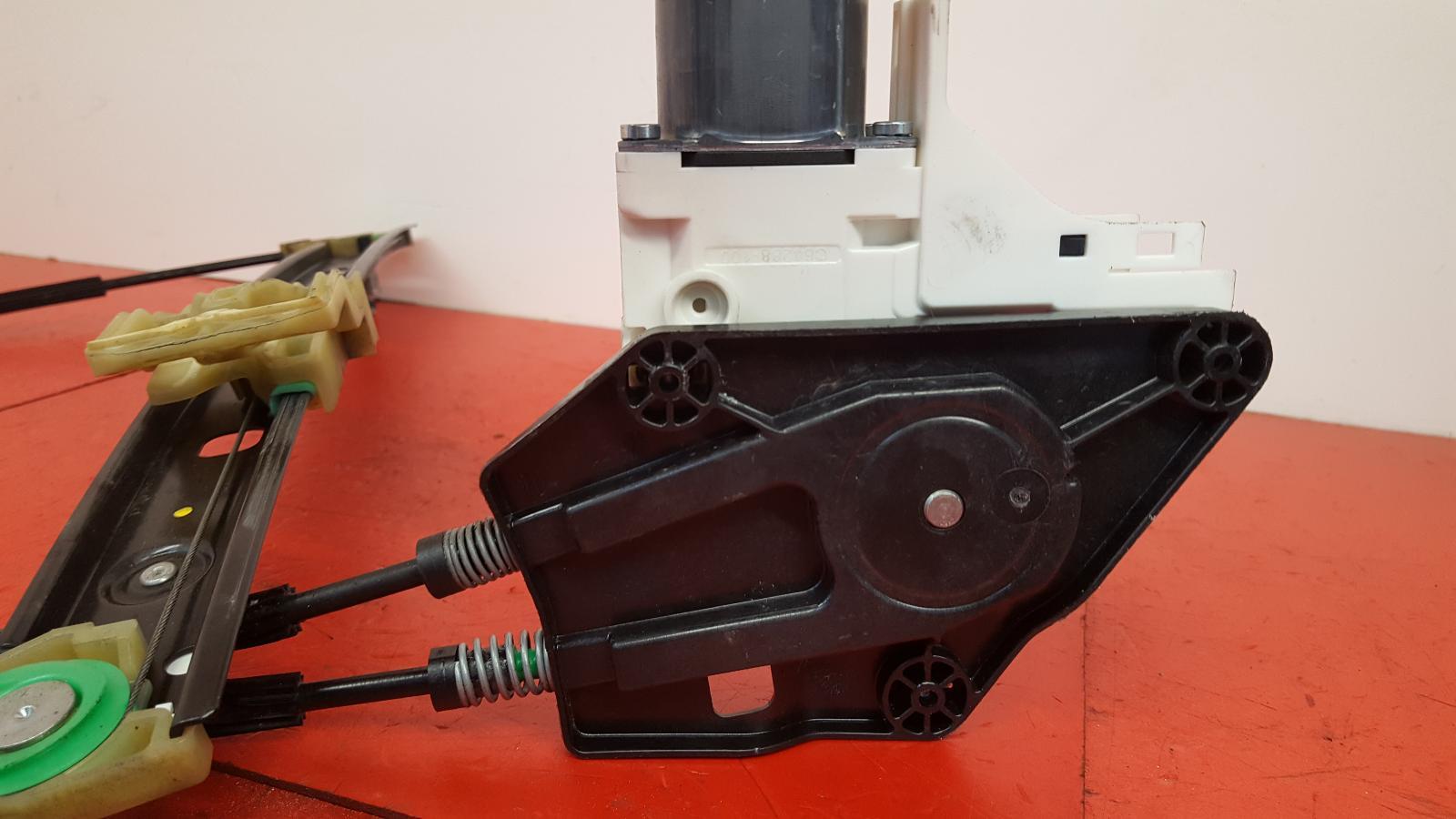 View Auto part LF Window Regulator Audi A1 2016