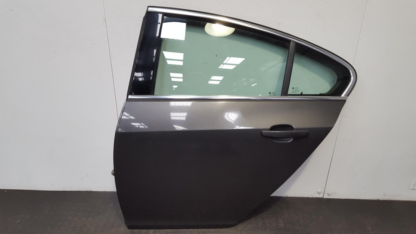 View Auto part L Rear Door Vauxhall Insignia 2011