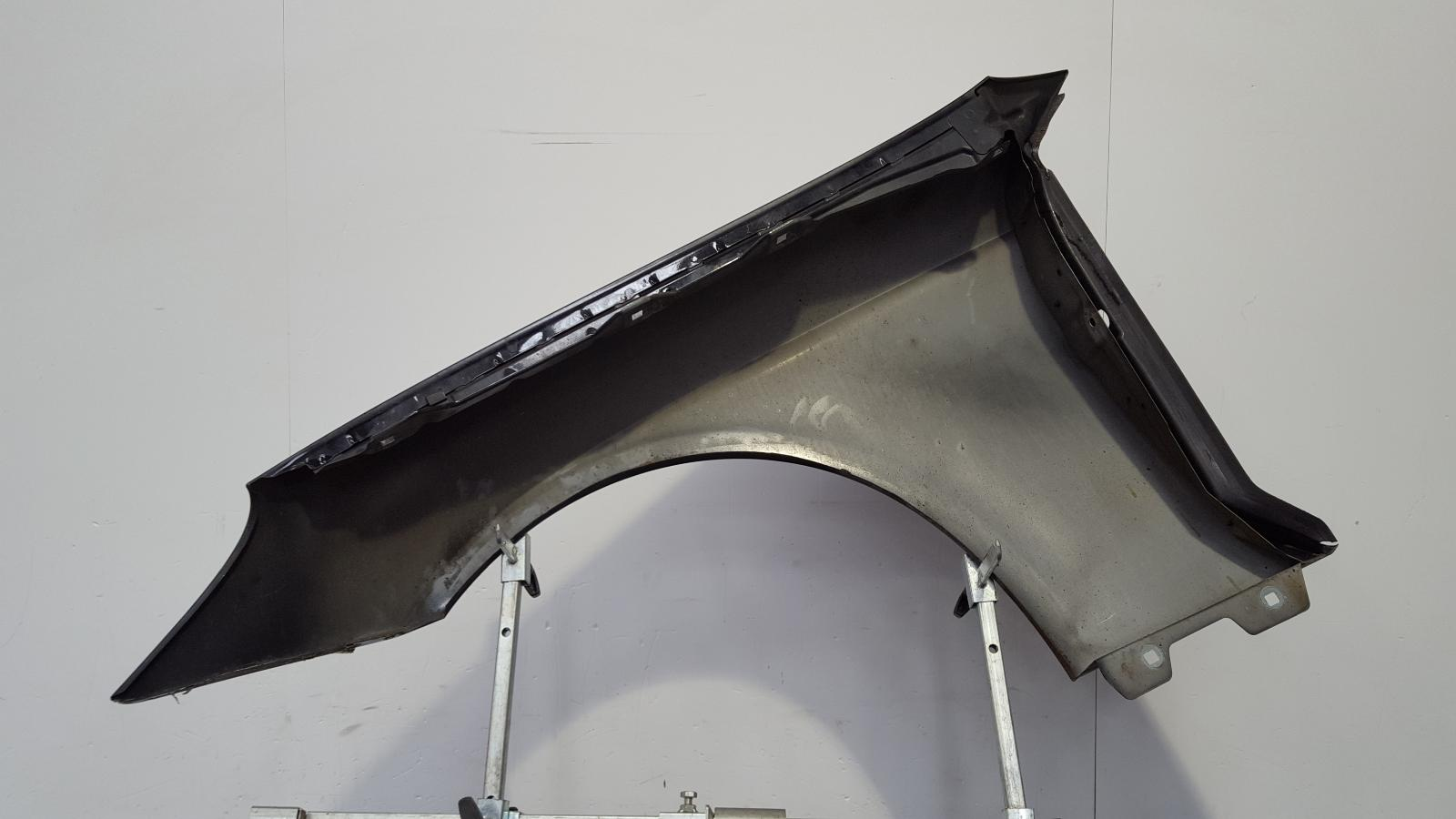 View Auto part R Wing Mercedes Cls Class 2008