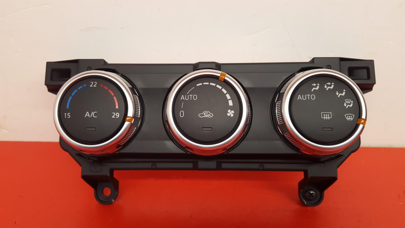 View Auto part Heater/AC Controller Mazda Cx-3 2016