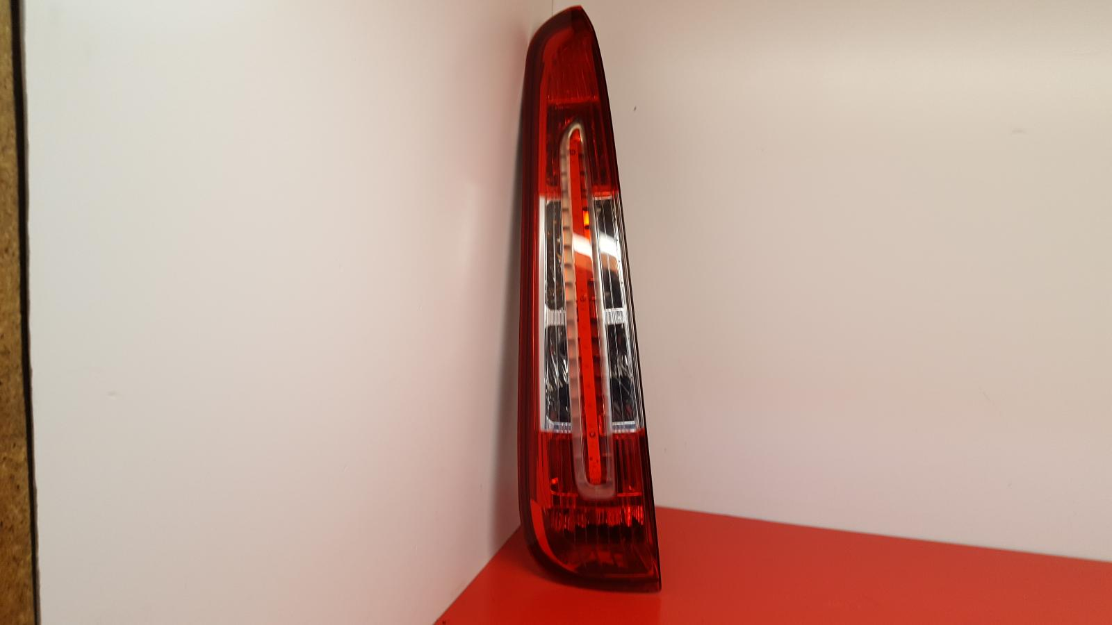 View Auto part L Taillight Ford Focus C Max 2009