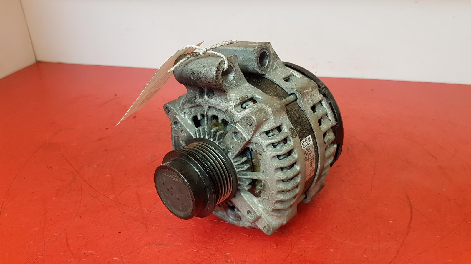 View Auto part Alternator Land Rover Discovery 2017