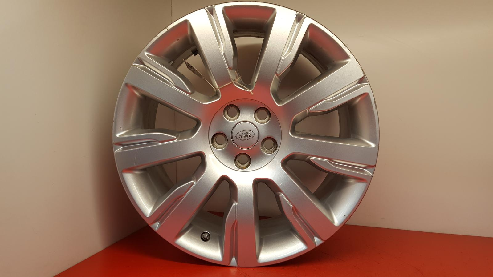 View Auto part Wheel Land Rover Discovery 2017