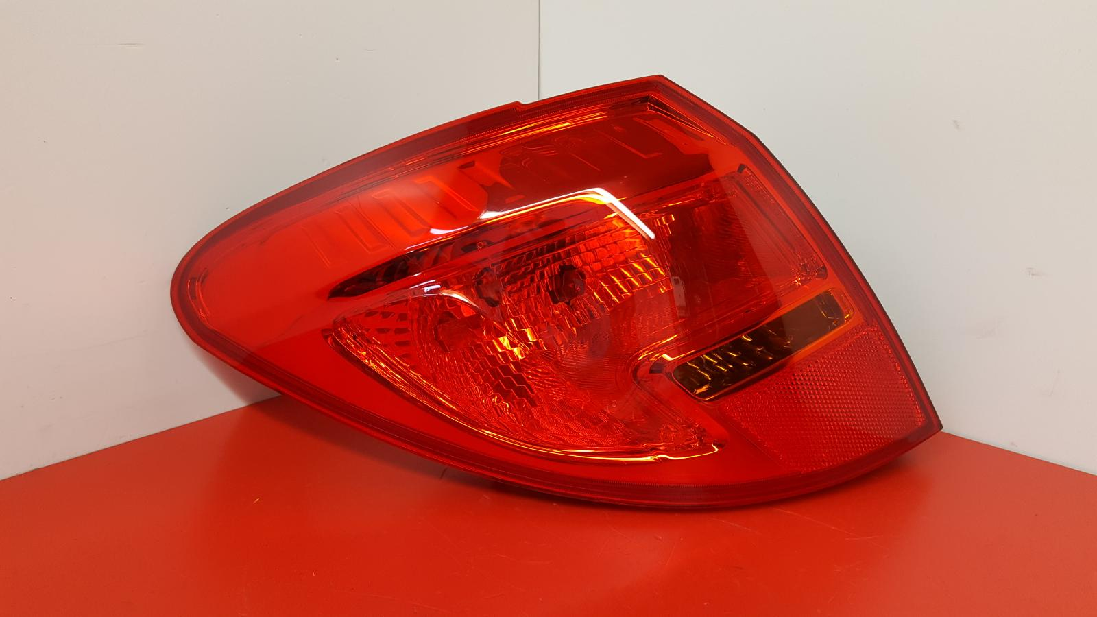View Auto part L Taillight Vauxhall Meriva 2016
