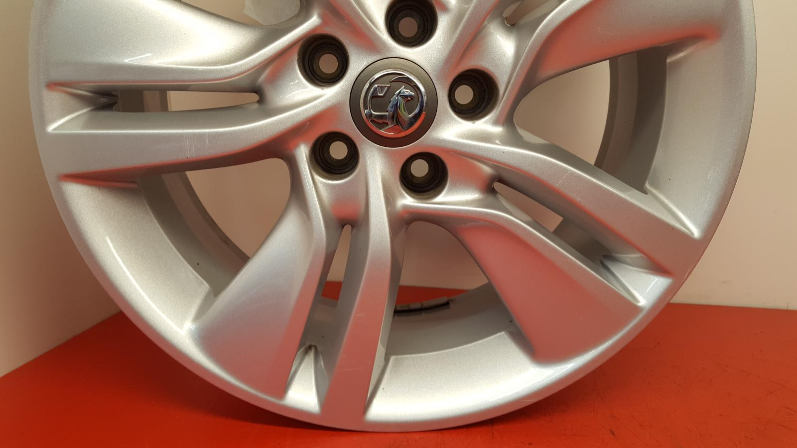 View Auto part Wheel Vauxhall Meriva 2016