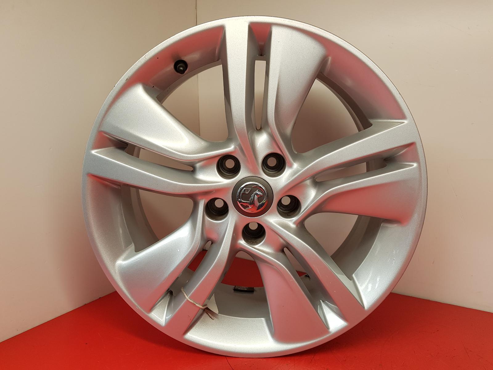 View Auto part Wheel Vauxhall Meriva 2016