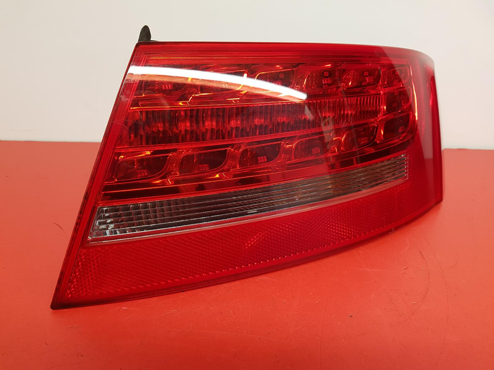 View Auto part R Taillight Audi A5 2010