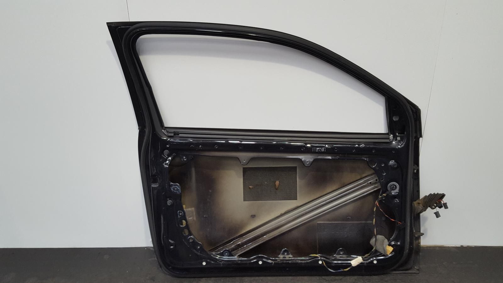 View Auto part L Front Door Volkswagen Polo 2007