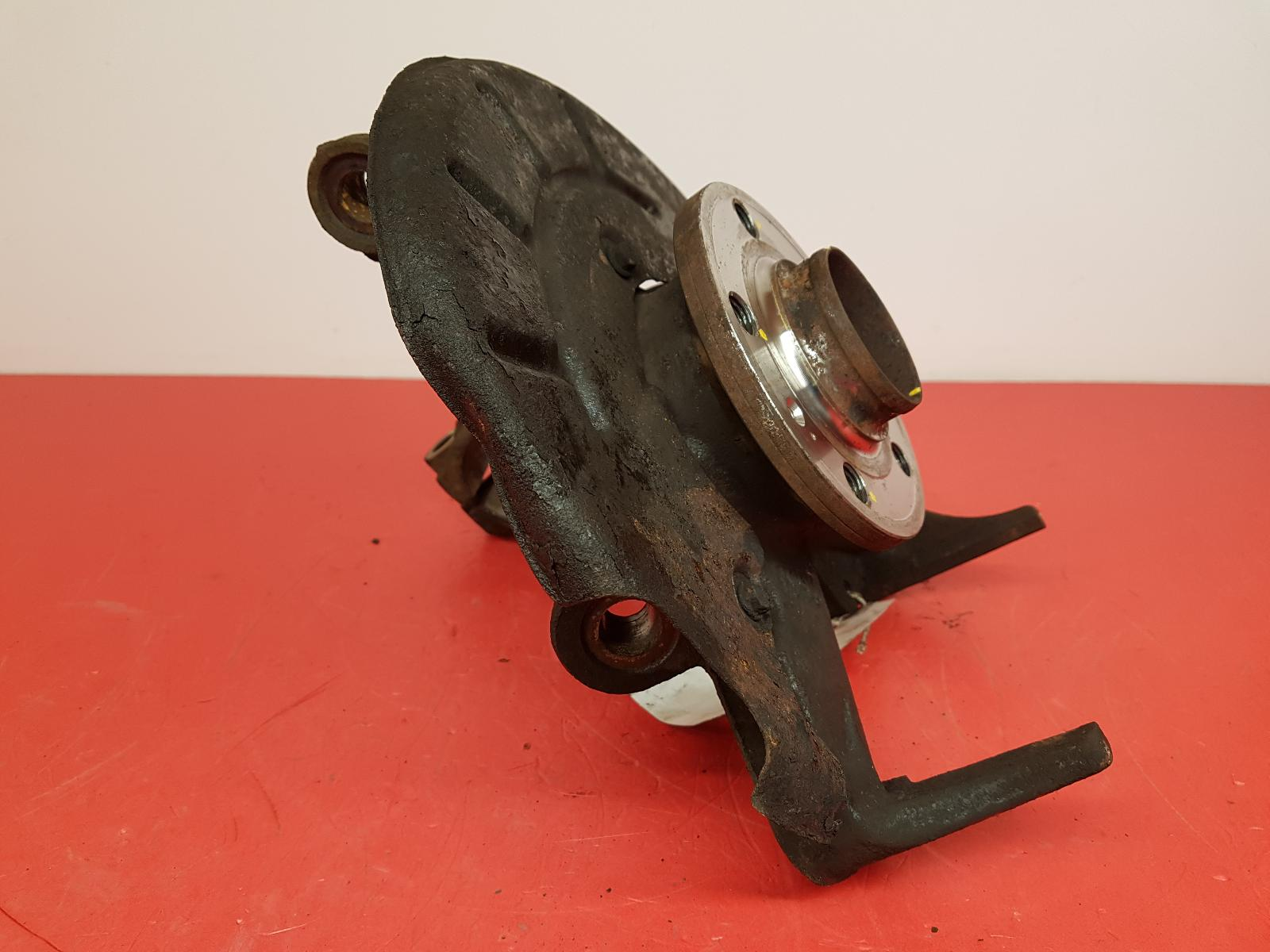 View Auto part RF Hub/Stub Axle Assembly Volkswagen Polo 2007