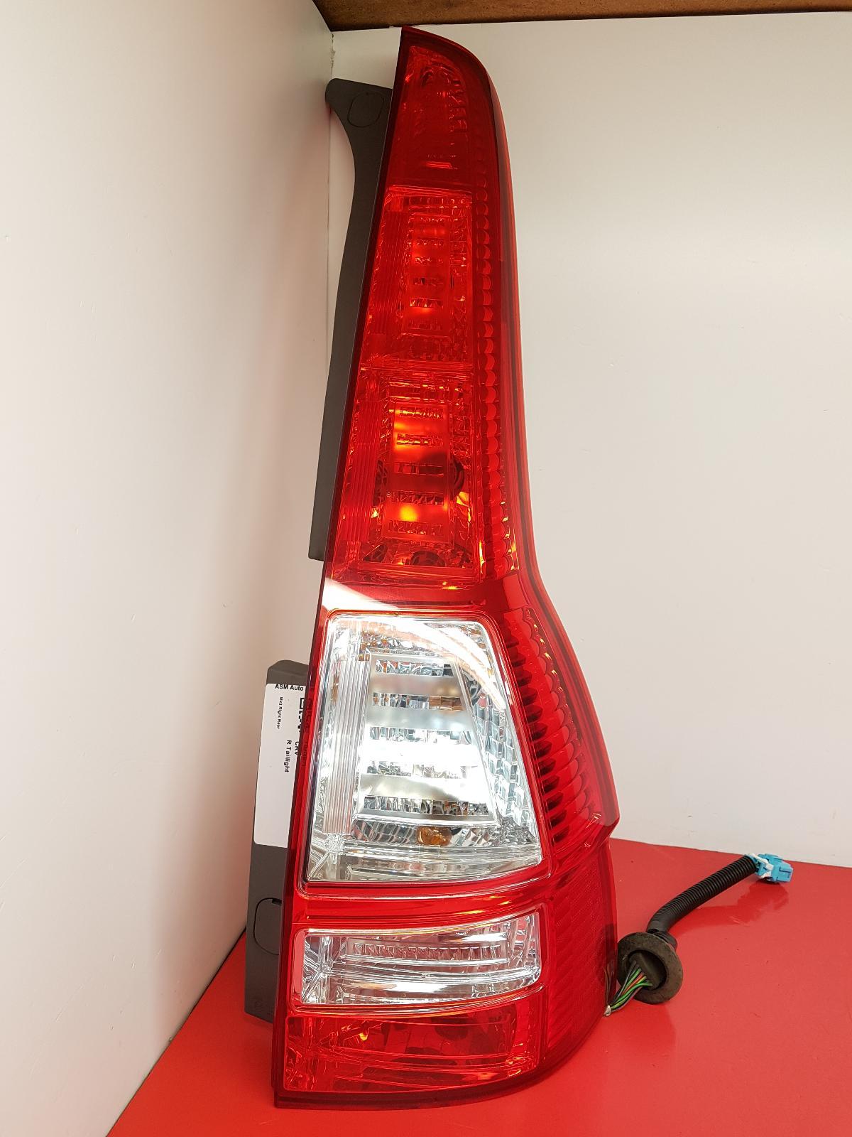 View Auto part R Taillight Honda Crv 2012
