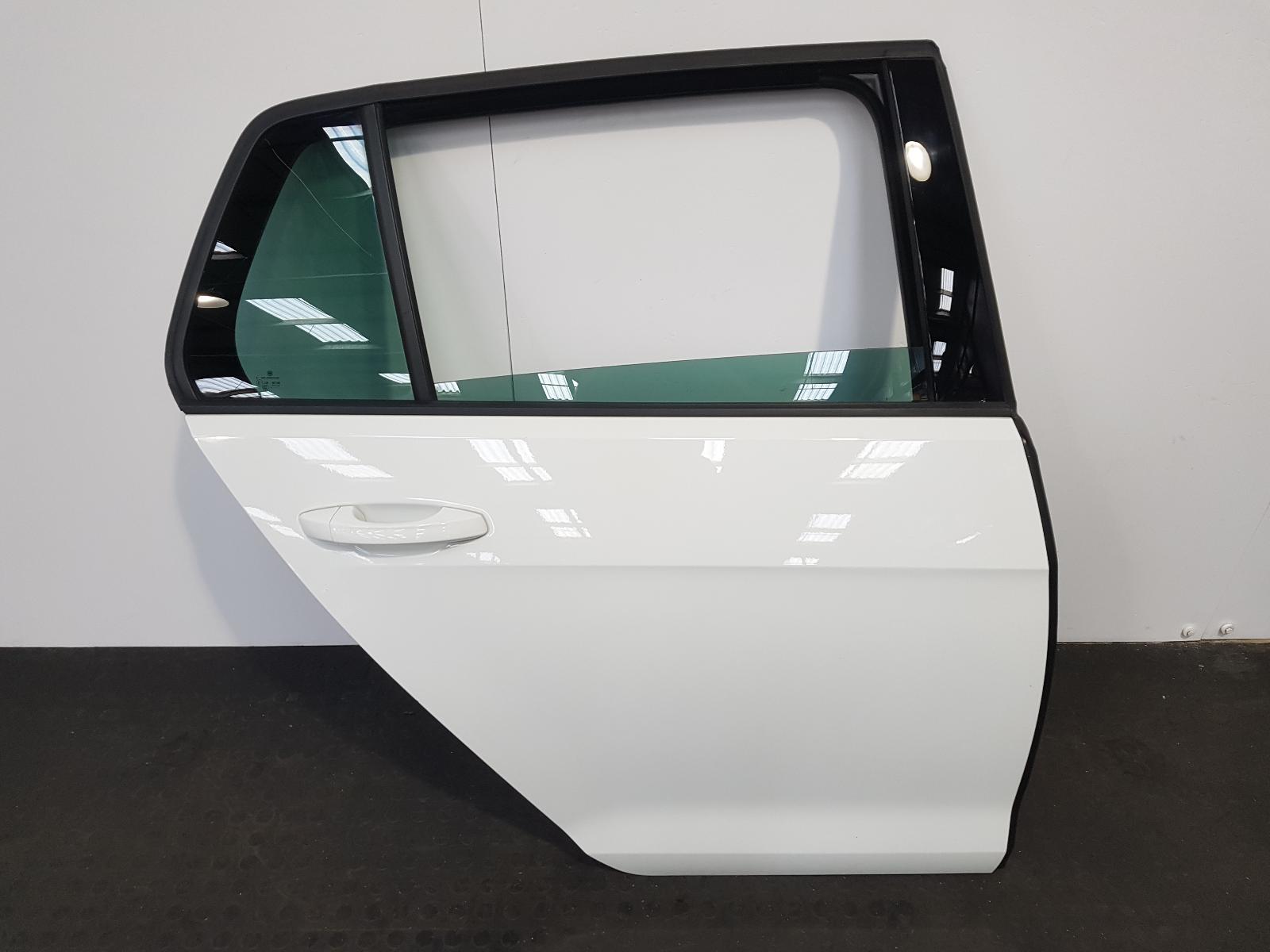View Auto part R Rear Door Volkswagen Golf 2019