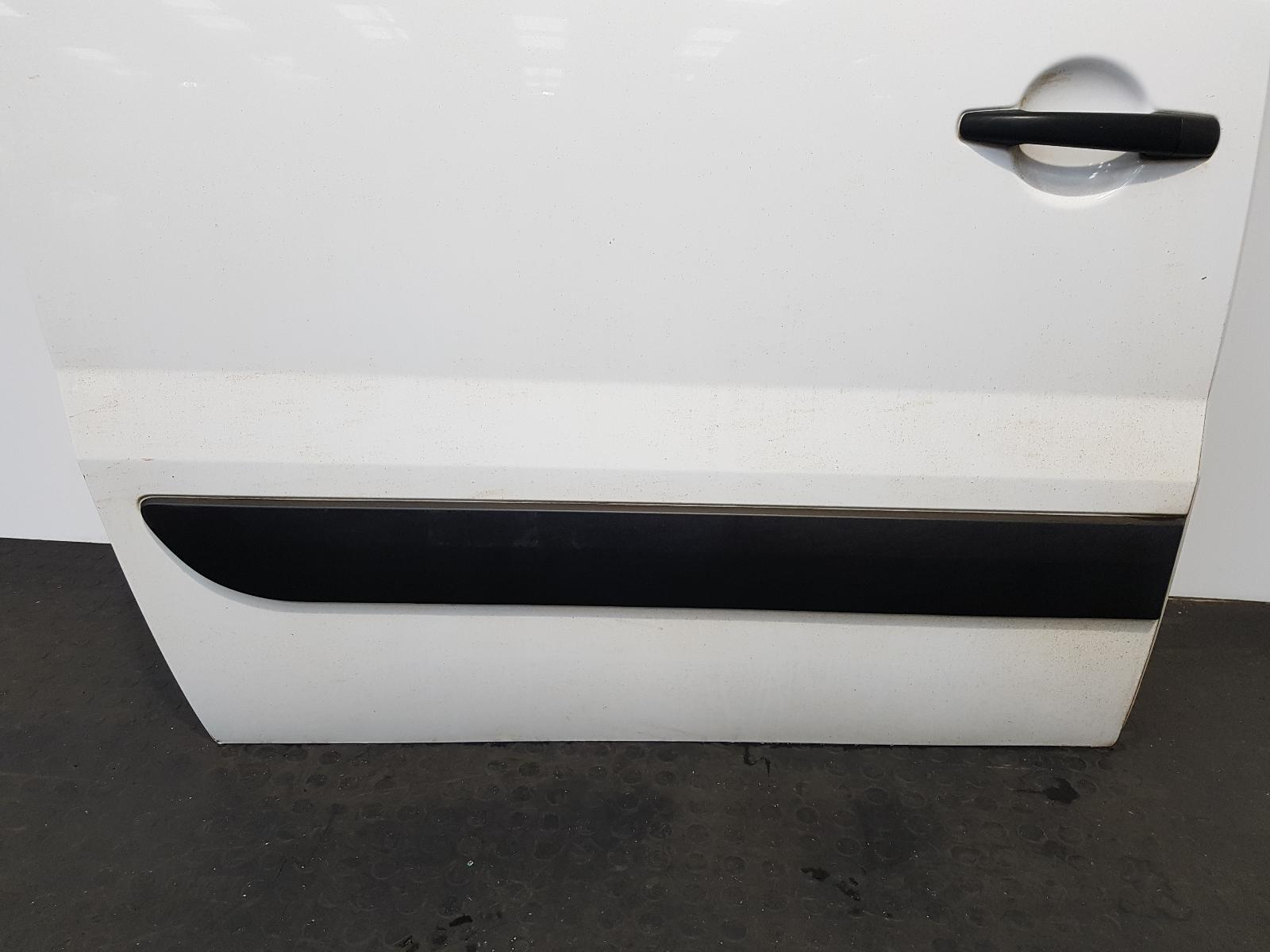 View Auto part Side Load Door Toyota Proace 2015