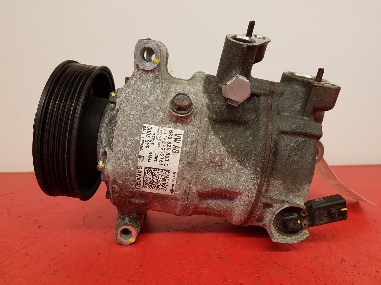 View Auto part Compressor Audi A1 2013