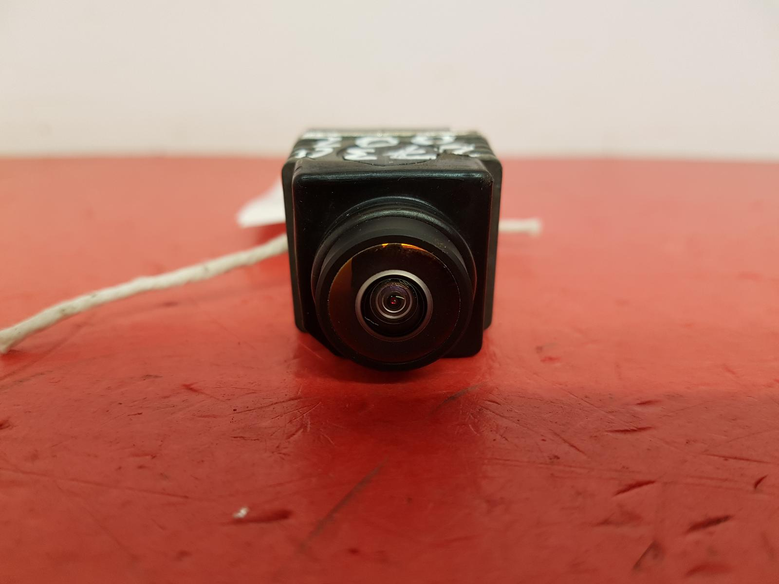 View Auto part Camera Land Rover Discovery Sport 2020