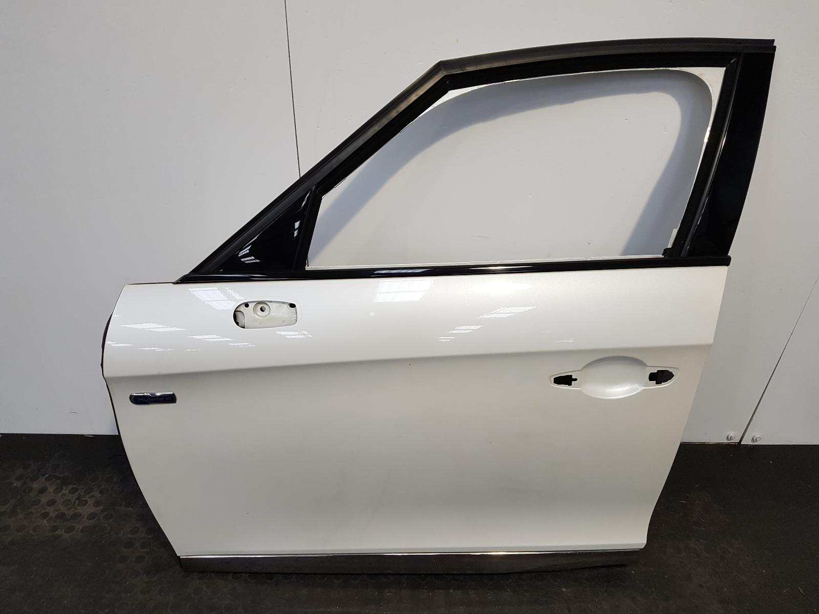 View Auto part L Front Door Citroen Ds5 2013