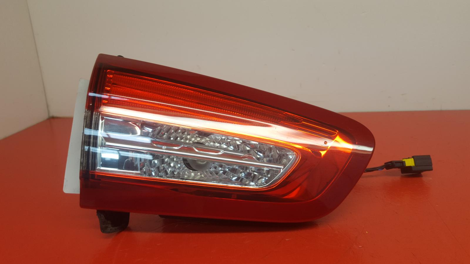 View Auto part L Taillight Citroen Ds5 2013