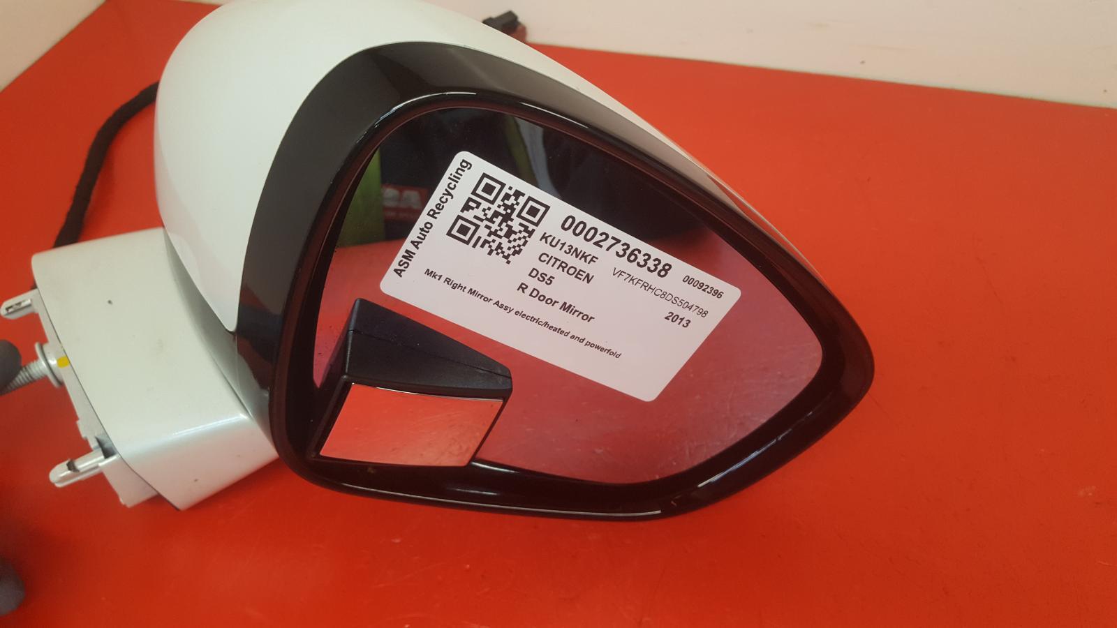 View Auto part R Door Mirror Citroen Ds5 2013