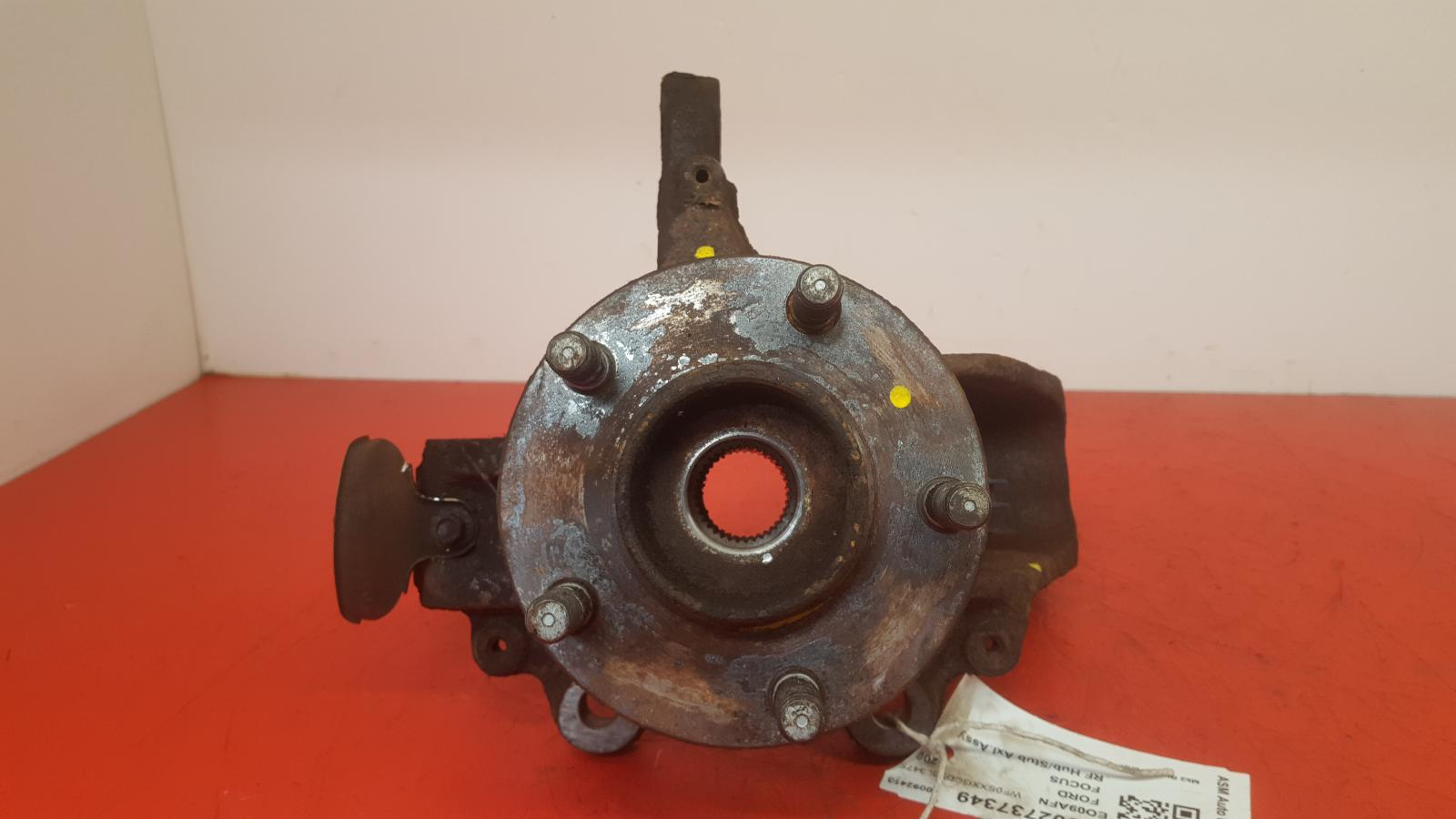 View Auto part RF Hub/Stub Axle Assembly Ford Focus 2009
