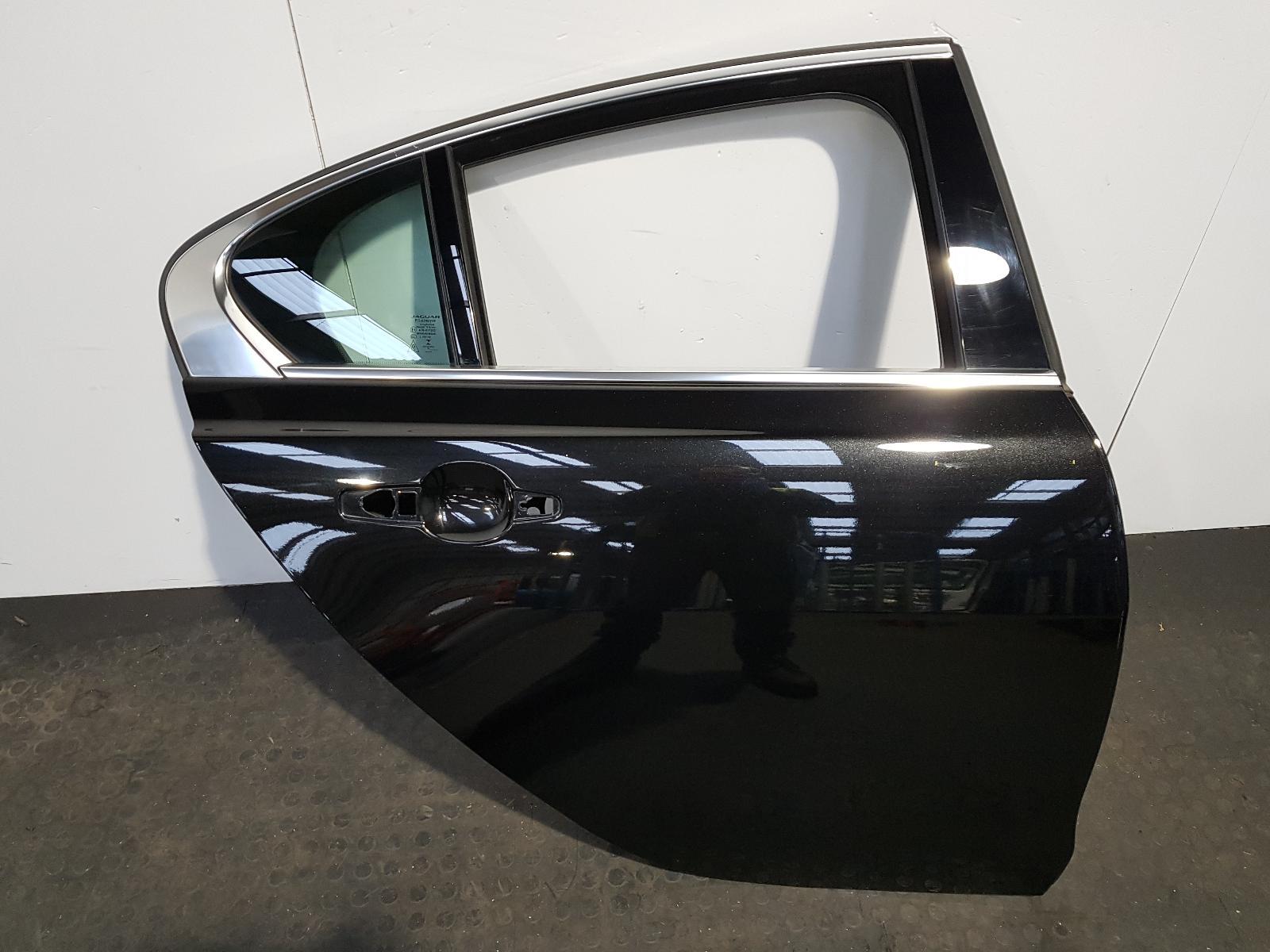View Auto part R Rear Door Jaguar Xe 2017