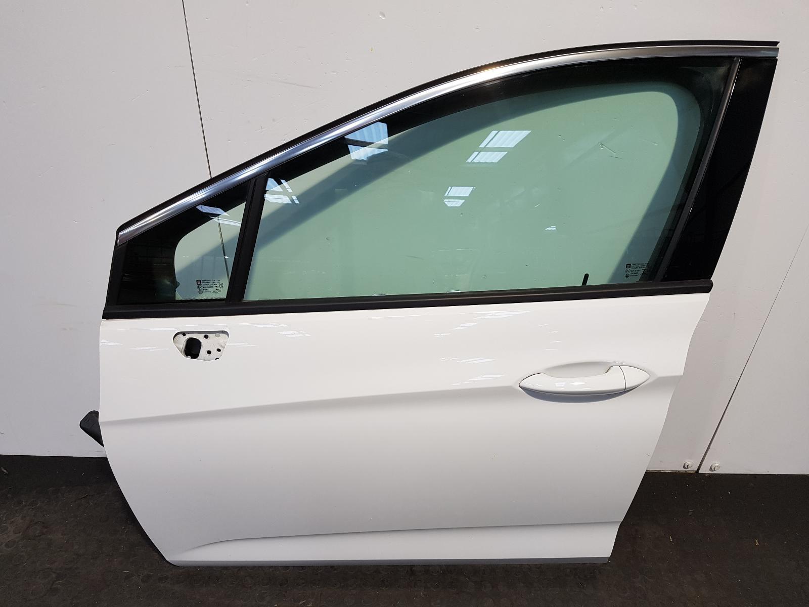 View Auto part L Front Door Vauxhall Astra 2017