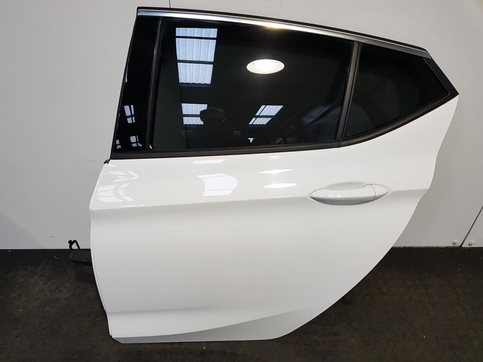 View Auto part L Rear Door Vauxhall Astra 2017