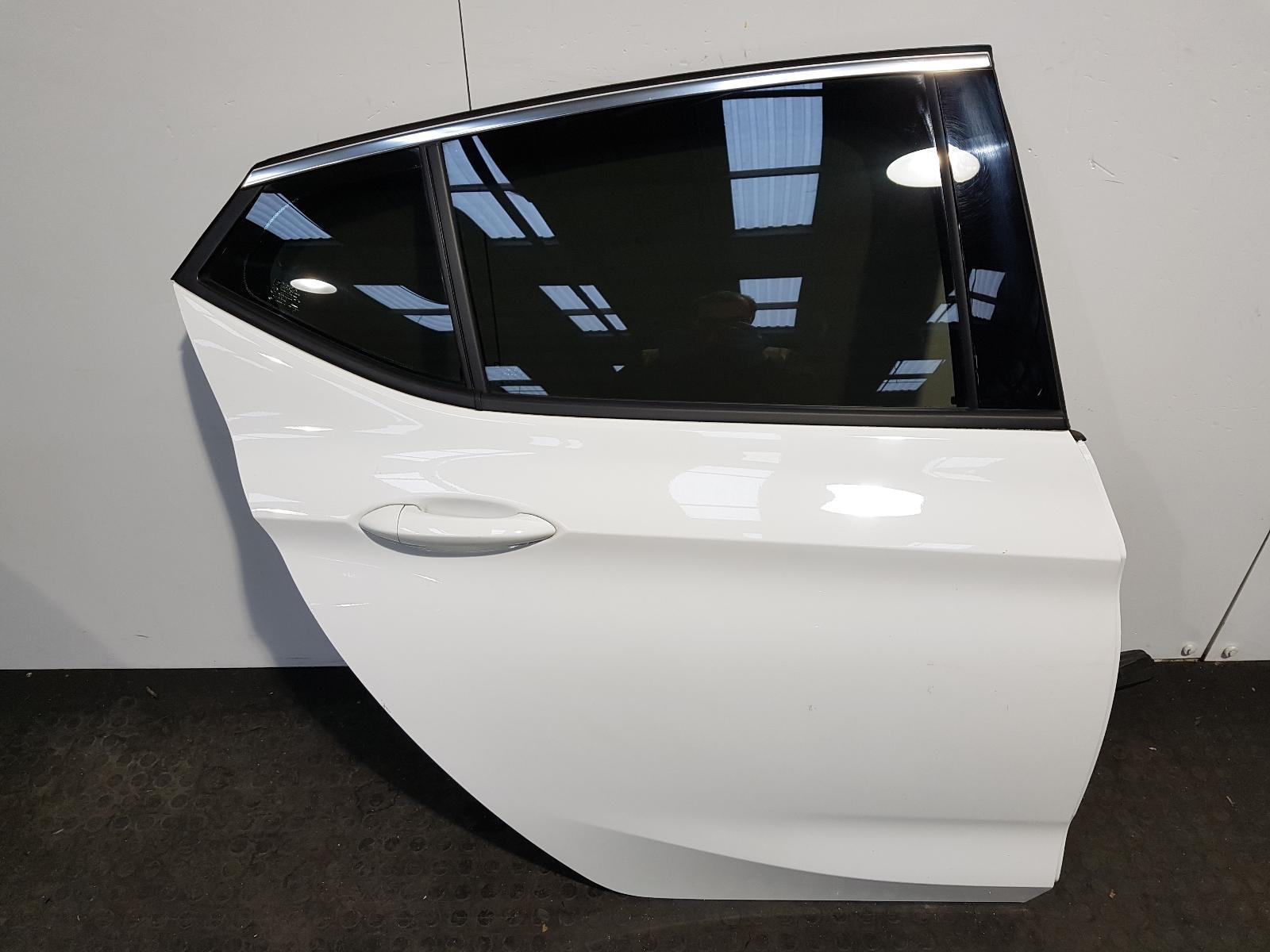 View Auto part R Rear Door Vauxhall Astra 2017