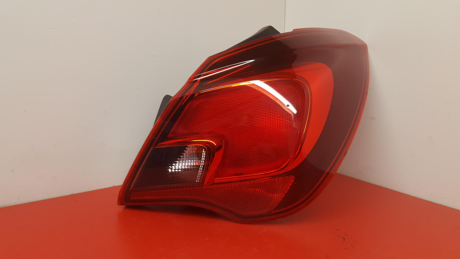 View Auto part R Taillight Vauxhall Corsa 2015