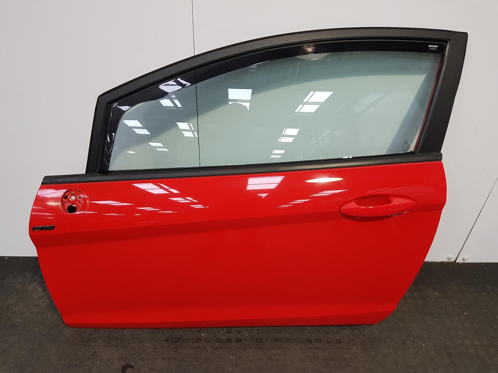 View Auto part L Front Door Ford Fiesta 2015