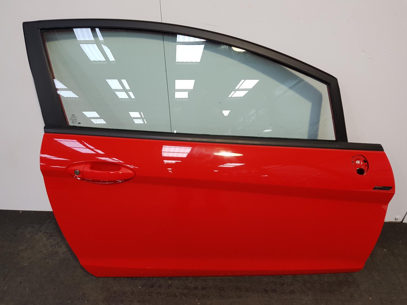 View Auto part R Front Door Ford Fiesta 2015