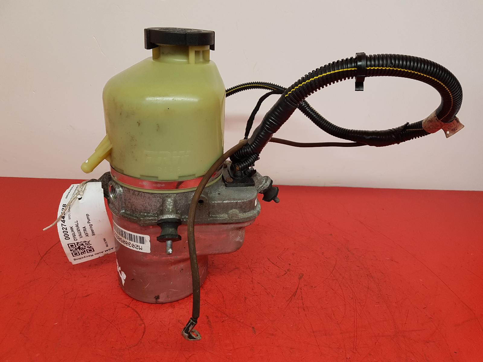 View Auto part Steering Pump Vauxhall Astra 2010