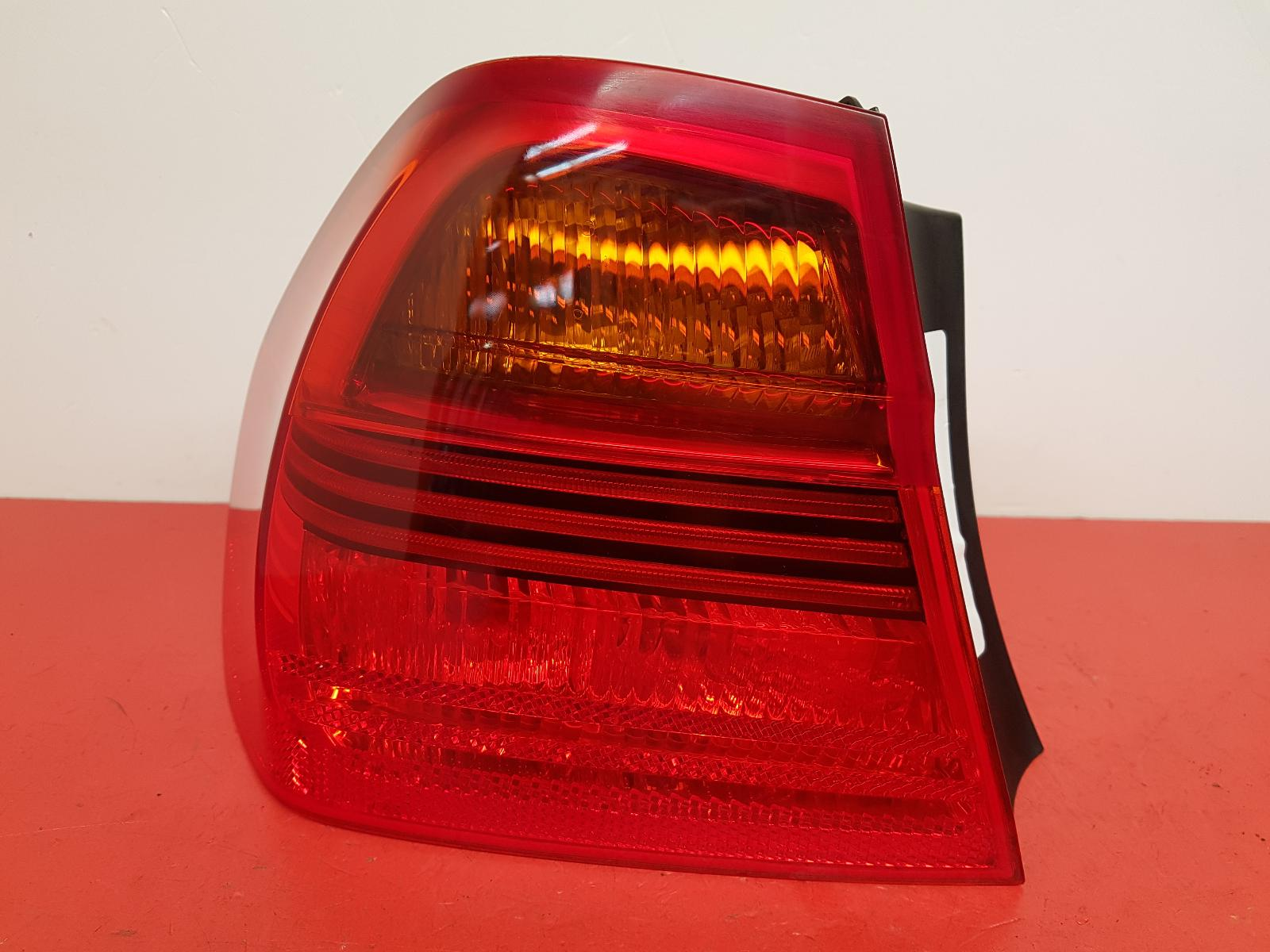 View Auto part L Taillight Bmw 3 Series 2006