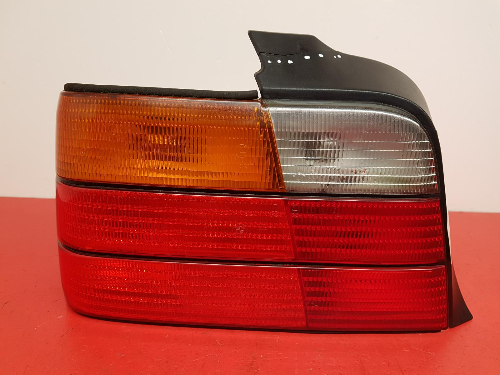 View Auto part L Taillight Bmw 3 Series 1996