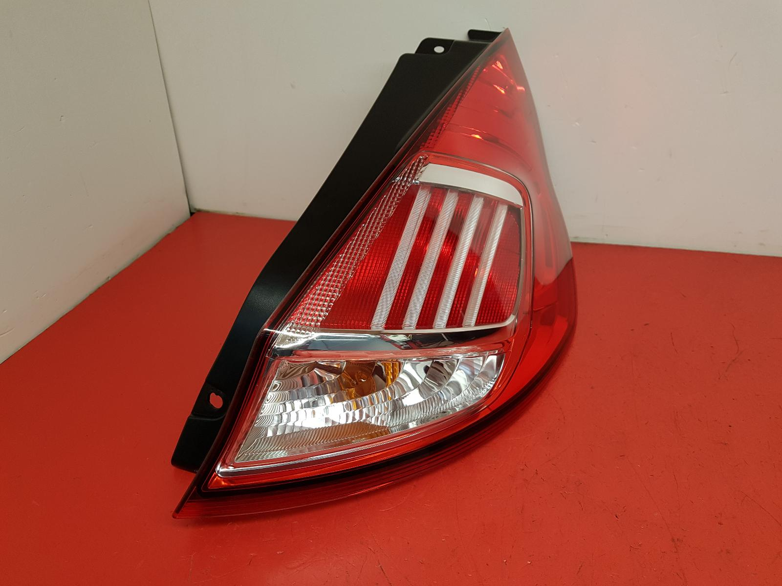 View Auto part R Taillight Ford Fiesta 2017