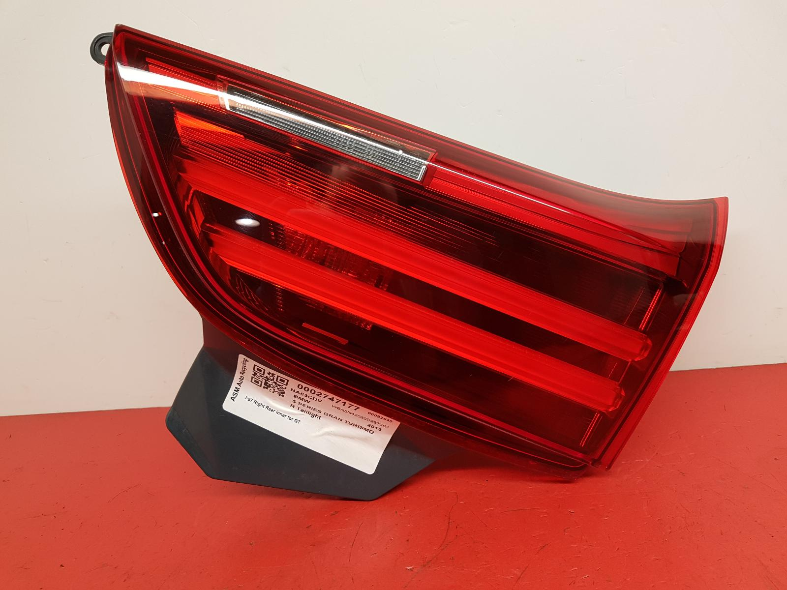 View Auto part R Taillight Bmw 5 Series Gran Turismo (gt) 2013
