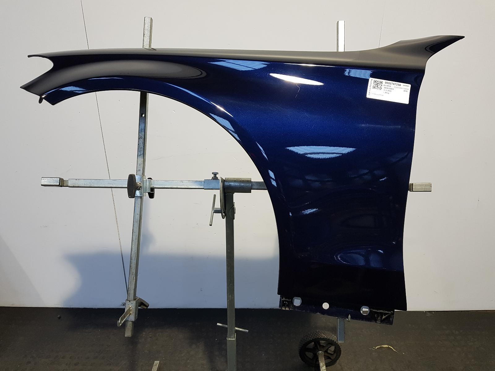 View Auto part L Wing Mercedes C Class 2019