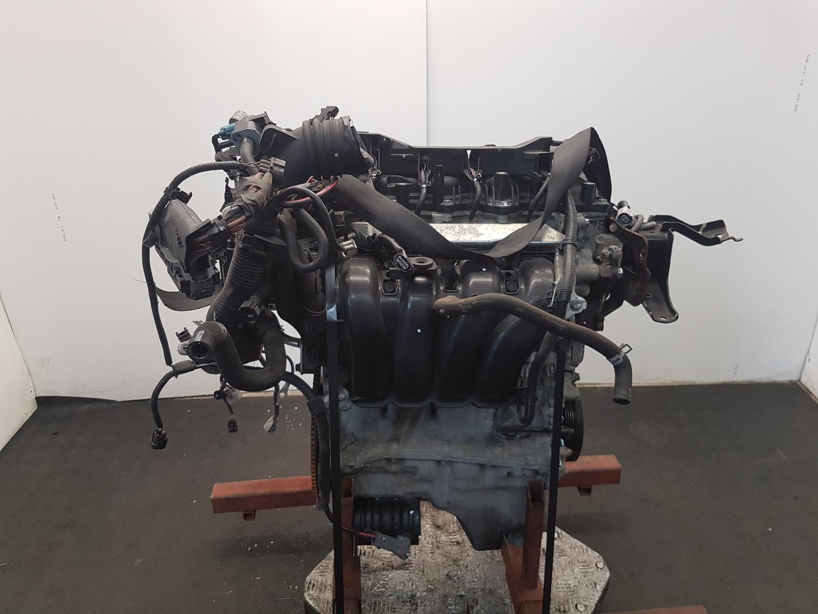 View Auto part Engine Toyota Yaris 2013